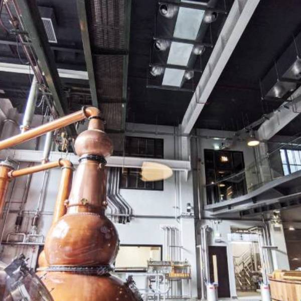 entropic-Roe-and-Co-Whiskey-Distillery